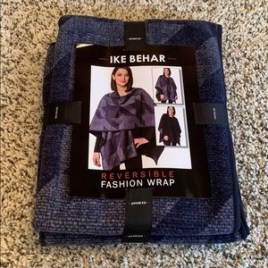 Ike Behar Reversible Fashion Wrap
